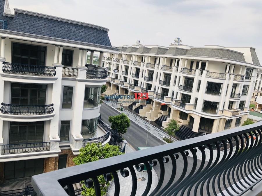 Cho thuê nhà nguyên căn 5 tầng, dt: 5x22m, 6x20m và 7x20m có thang máy trong KDC Vạn Phúc, QL13, Thủ Đức