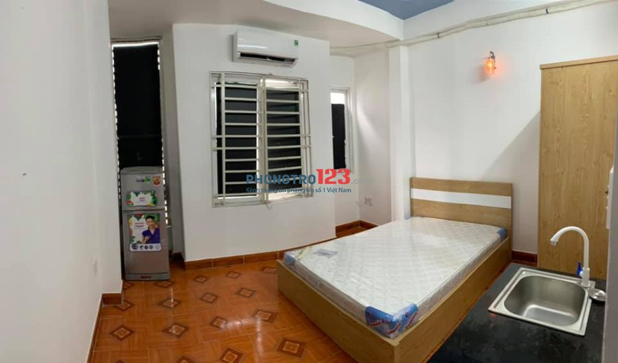 Cho thuê Căn Hộ Dịch Vụ Full nội thất mới 100% Khu vực yên tĩnh thoáng mát hẻm xe Tải