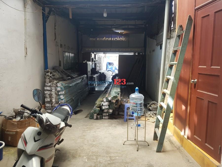 Cho thuê nhà nguyên căn mặt tiền + kho đường quốc lộ 13, Hiệp Bình Phước, Quận Thủ Đức