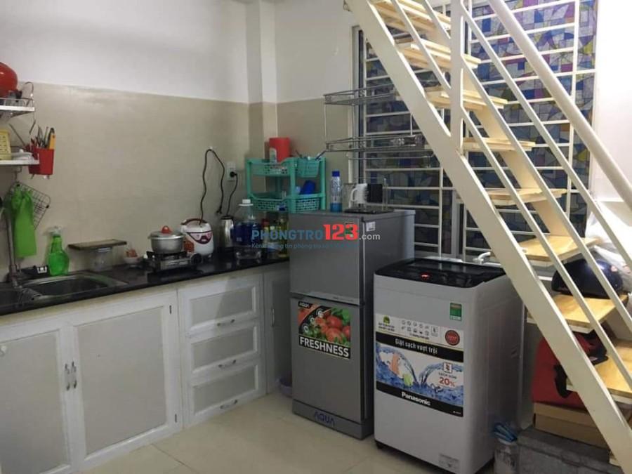 Phòng rộng 32m2, có gác, có sẵn tủ lạnh, máy giặt - Thủ Đức