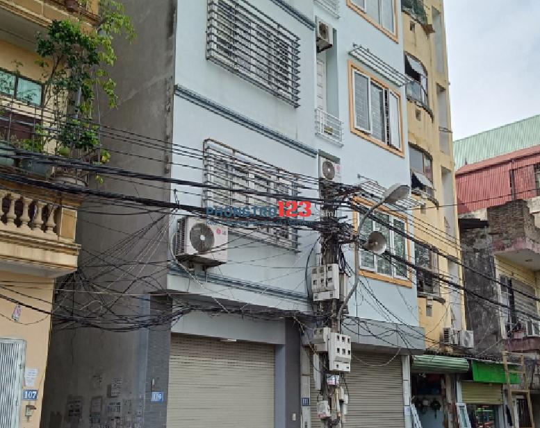Cho thuê nhà 4 tầng 50m2 Vạn Phúc, Hà Đông. LH: 0363642299