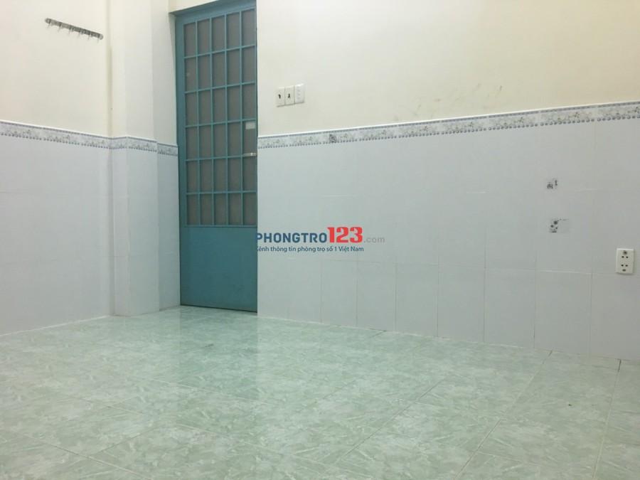 Phòng máy lạnh SẠCH SẼ gần chợ Phạm Văn Hai