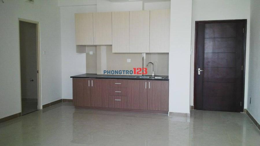 Cho thuê 1 phòng trống trong căn hộ 3PN- chung cư Đức Khải, quận 2