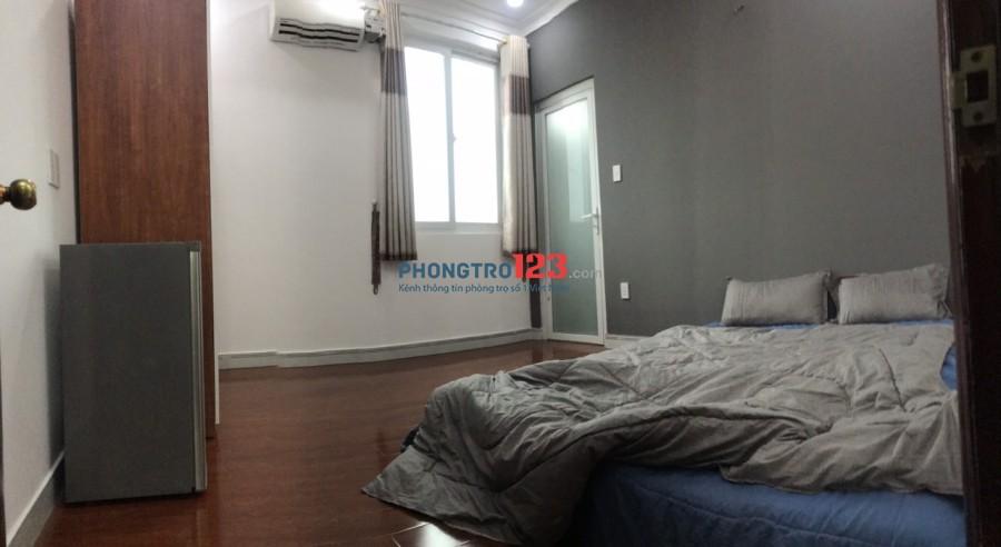 Phòng tiện nghi, sàn gỗ, thang máy, hẻm ô tô Nguyễn Trãi, Quận 1