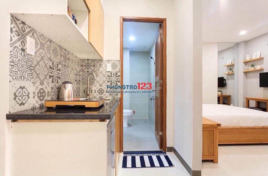 Cho thuê căn hộ 25m2 Đề Thám, Quận 1- Siêu mới, siêu đẹp