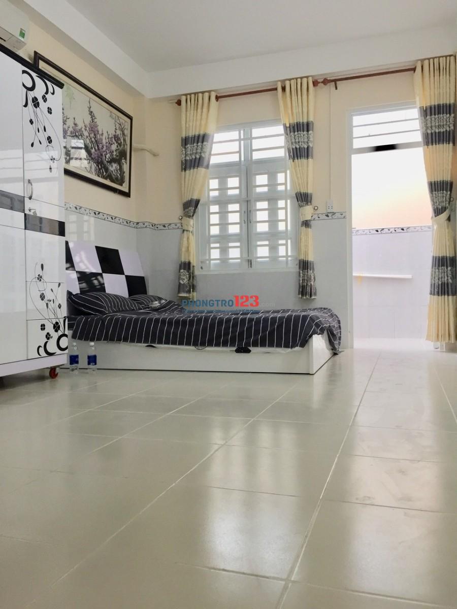 Phòng cao cấp có ban công full nội thất ngay Vạn Kiếp, Phú Nhuận