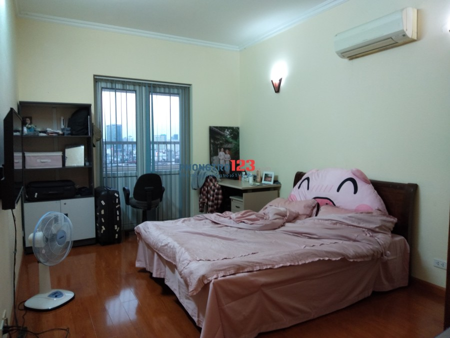 Cho thuê căn hộ chung cư VIMECO đường Nguyễn Chánh, tầng 12 phòng 08, chính chủ