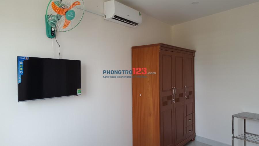 Phòng 18m2-3,8 tr tiện nghi đầy đủ, mặt tiền đường, ngay sân bay Tân Sơn Nhất