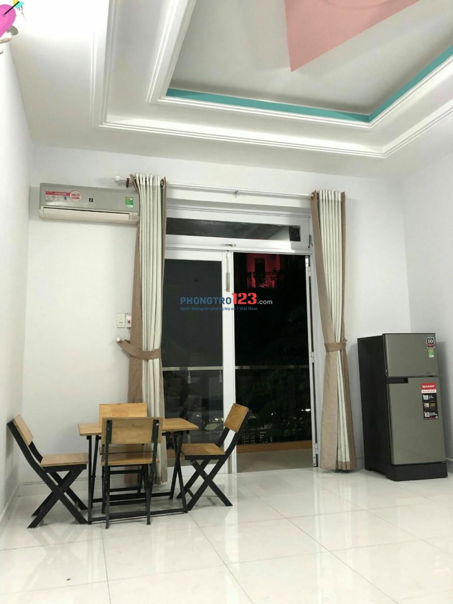 Căn hộ dịch vụ cao cấp cần cho thuê trên đường Phú Thuận, chỉ 3.6tr/th full nội thất