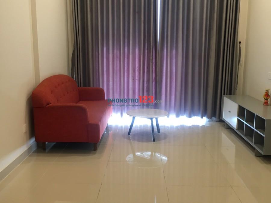 Chính chủ cho thuê căn hộ Richstar Hòa Bình, Q.Tân Phú có nội thất 65m2 2pn