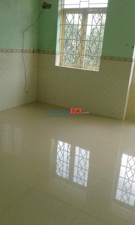 Chính chủ cho thuê nhà nguyên căn 1 lầu 100m2 2pn Mặt tiền 37 Đường 245, P.Tân Phú, Q.9