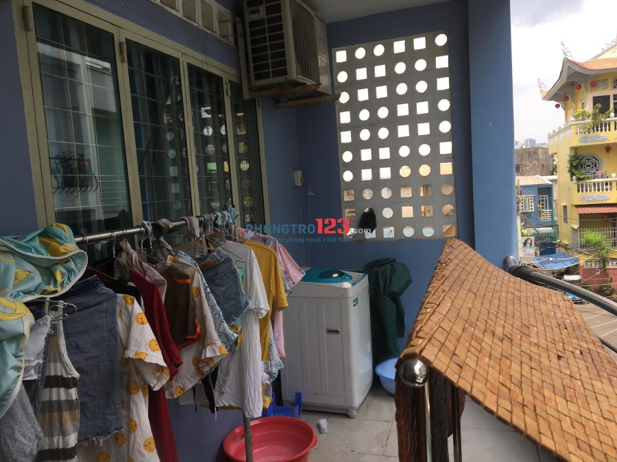 Cho nữ thuê phòng trọ full nội thất ở 26/13A1 Đinh Tiên Hoàng, P.1, Q.Bình Thạnh