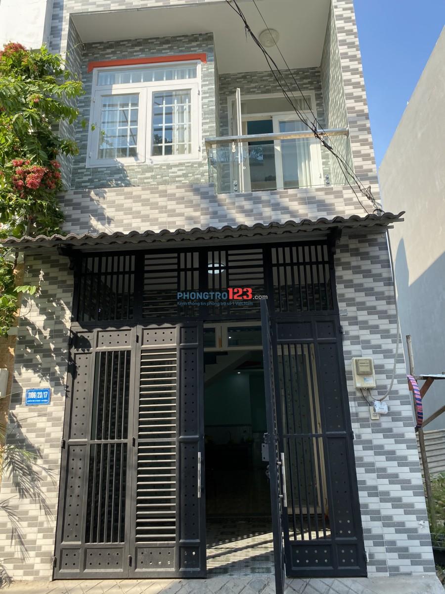 Cho thuê nhà nguyên căn cực đẹp hẻm xe hơi 2 lầu 4x13 Tại Nguyễn Duy Trinh, Q.9. Giá 7tr/tháng