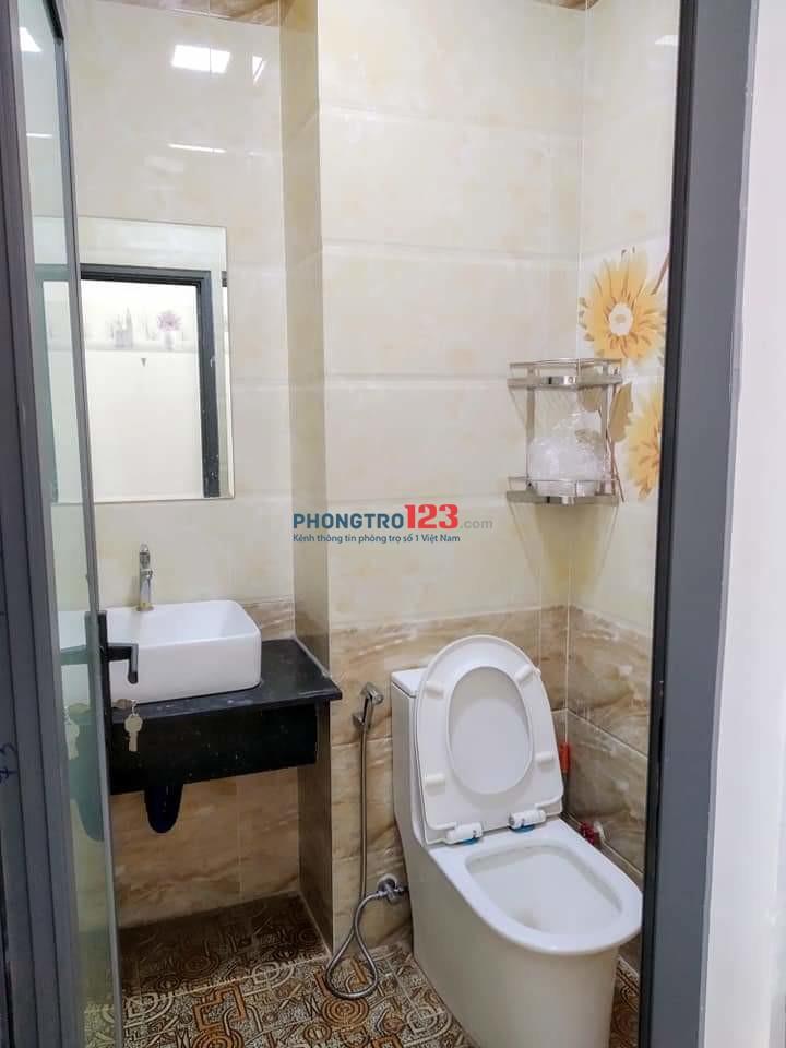 Phòng ở riêng tư tiện nghi dịch vụ Tân Bình