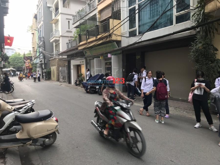 Cho thuê mặt bằng kinh doanh ở Núi Trúc, Ba Đình, Hà Nội