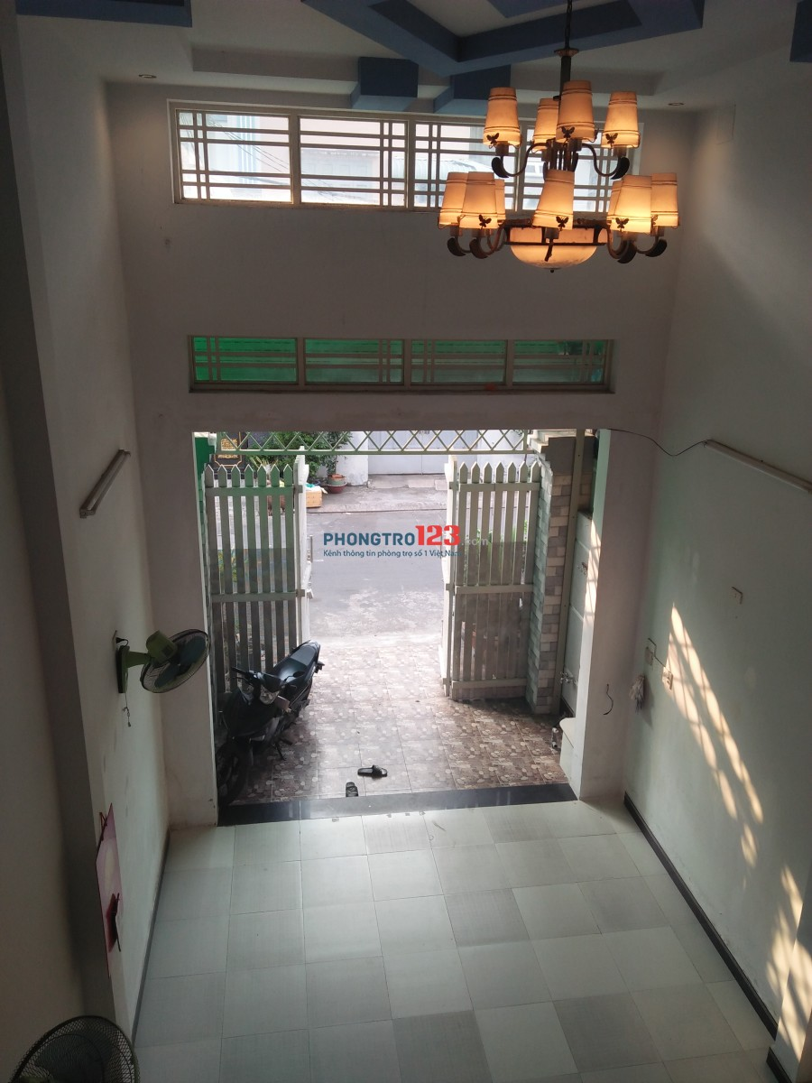 Cho thuê nhà 3 tấm gần đường Lê Văn Quới