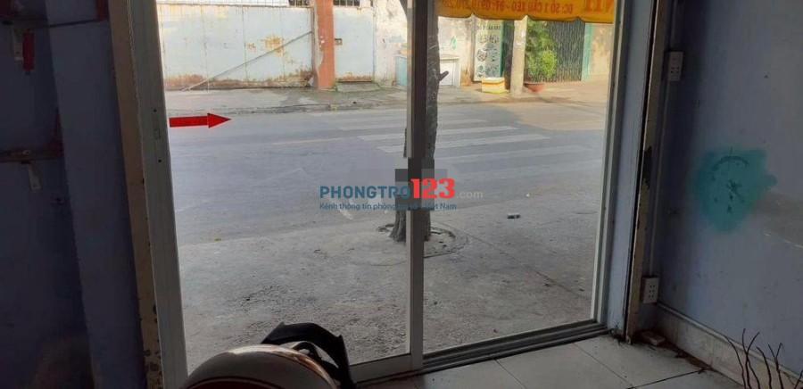 Sang mặt bằng kiot có gác ở lại mặt tiền số 1 Cầu Xéo, P.Tân Quý, Q.Tân Phú