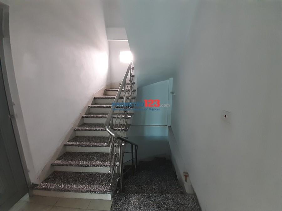 Cho thuê chung cư mini Long Biên 38m2. Giá 3 triệu/tháng