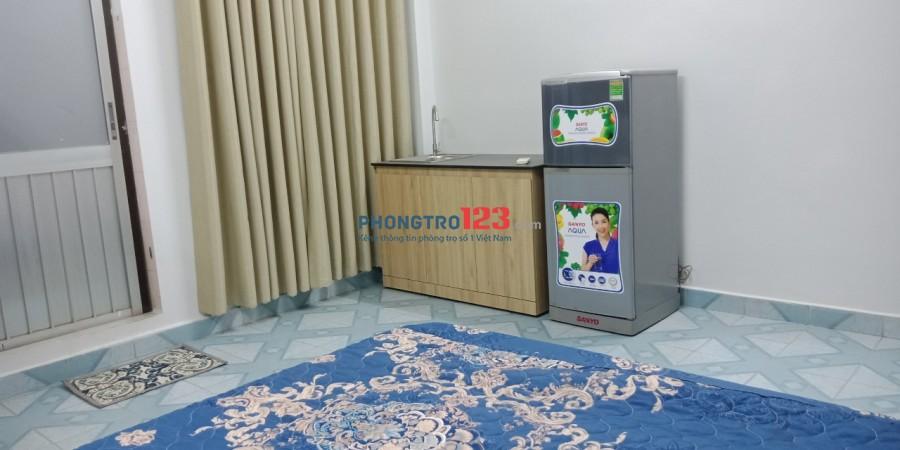 Cho thuê phòng trọ đầy đủ nội thất nhà mặt tiền 120 Bàu Cát 1, P.12, Q.Tân Bình. Giá từ 4tr/tháng
