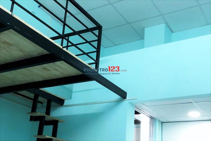 Phòng 32m2 Tăng Nhơn Phú B, quận 9, ngay CĐ Công Thương, KV sầm uất