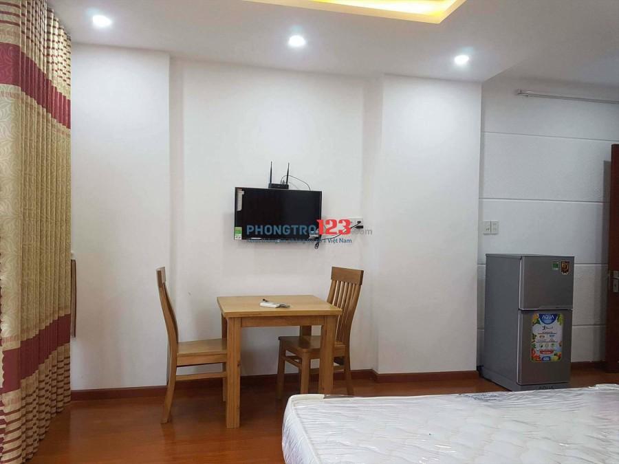 Cho thuê căn hộ full nội thất miễn phí 100% gần chợ Phạm Văn Hai, quận Phú Nhuận