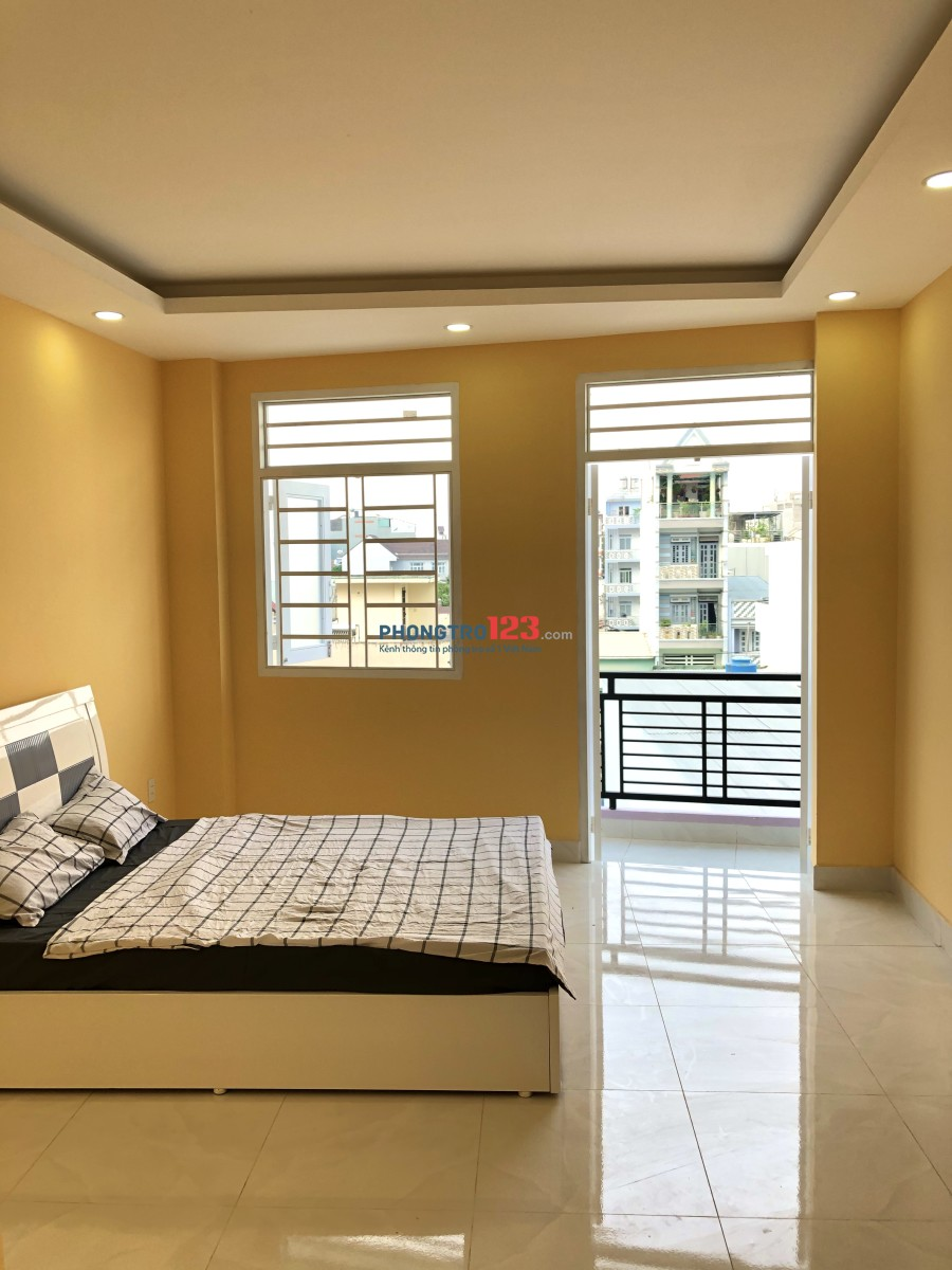 Phòng mới xây, đẹp, có nội thất ban công. Đường Quang Trung, Gò Vấp