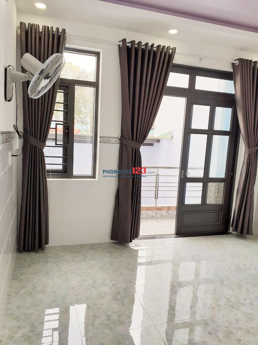 Phòng trọ mới xây, có ban công ngay mặt tiền Nguyễn Kiệm