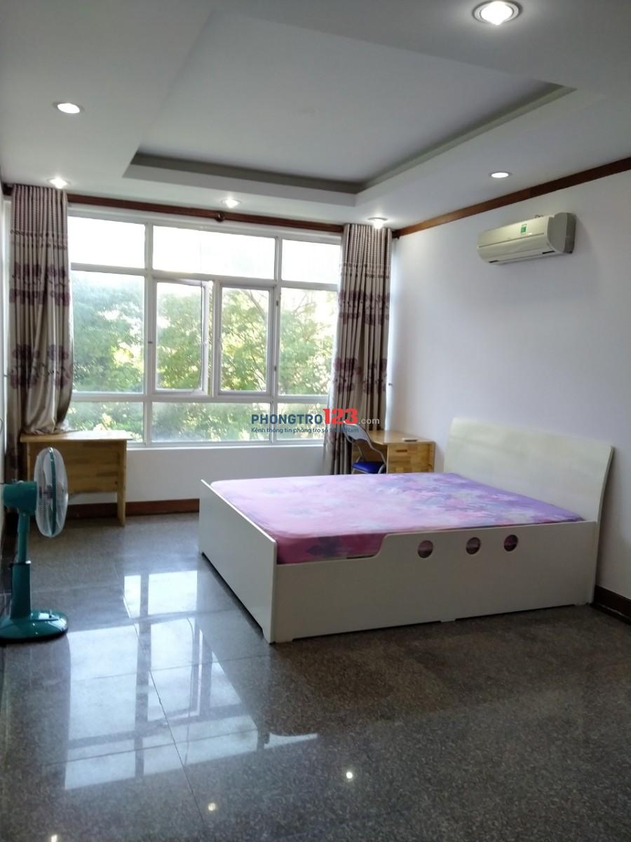 Phòng đẹp, sạch, full nội thất ở CC Hoàng Anh Giai Việt có hồ bơi