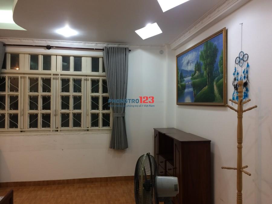 Phòng trọ Q.2, đầy đủ nội thất, tiện nghi, gần chợ, tạp hoá, trường học