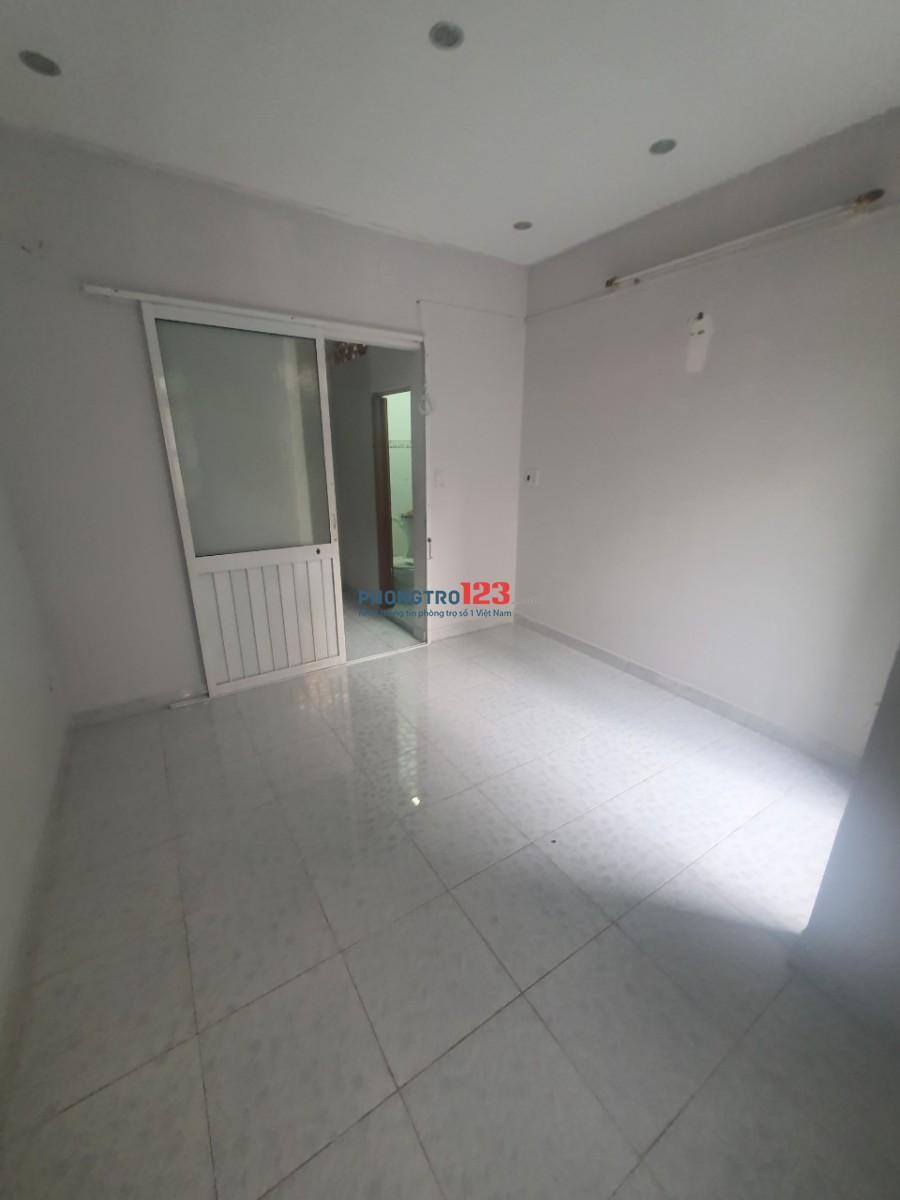 Cho thuê nhà hẻm 3m 105m/47 Hồ Thị Kỷ, P.1, Q.10