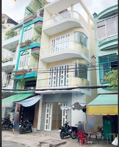Cho thuê nhà mới mặt tiền 4 tầng Q.5 - 42 triệu