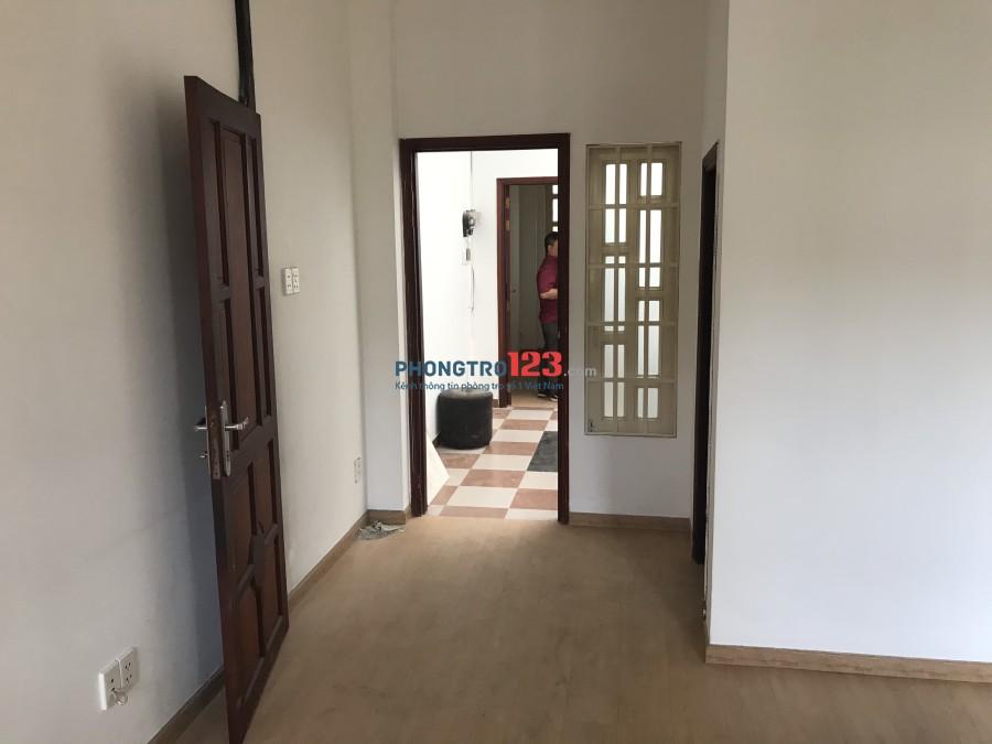 Cho thuê nhà mặt tiền quận 3 đường 2 chiều Nguyễn Thị Minh Khai