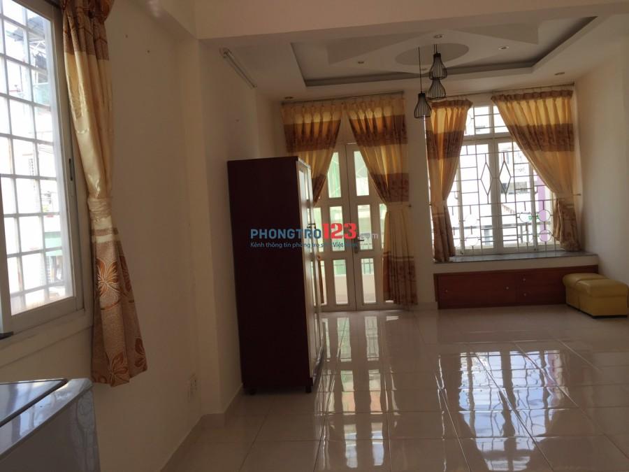 Phòng cho thuê 32m vuông, trang bị đầy đủ