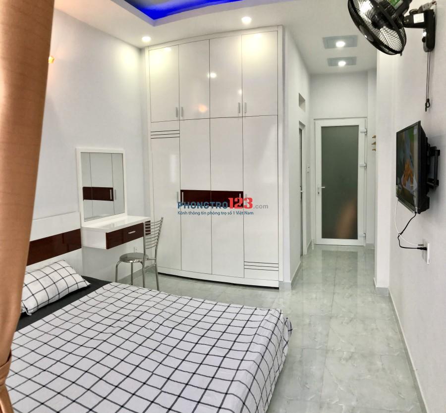 Phòng mới, full nội thất, an ninh. Gần Sân Bay, CV Gia Định