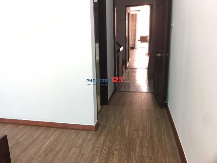 PHÒNG CAO CẤP PHÚ NHUẬN 4tr700