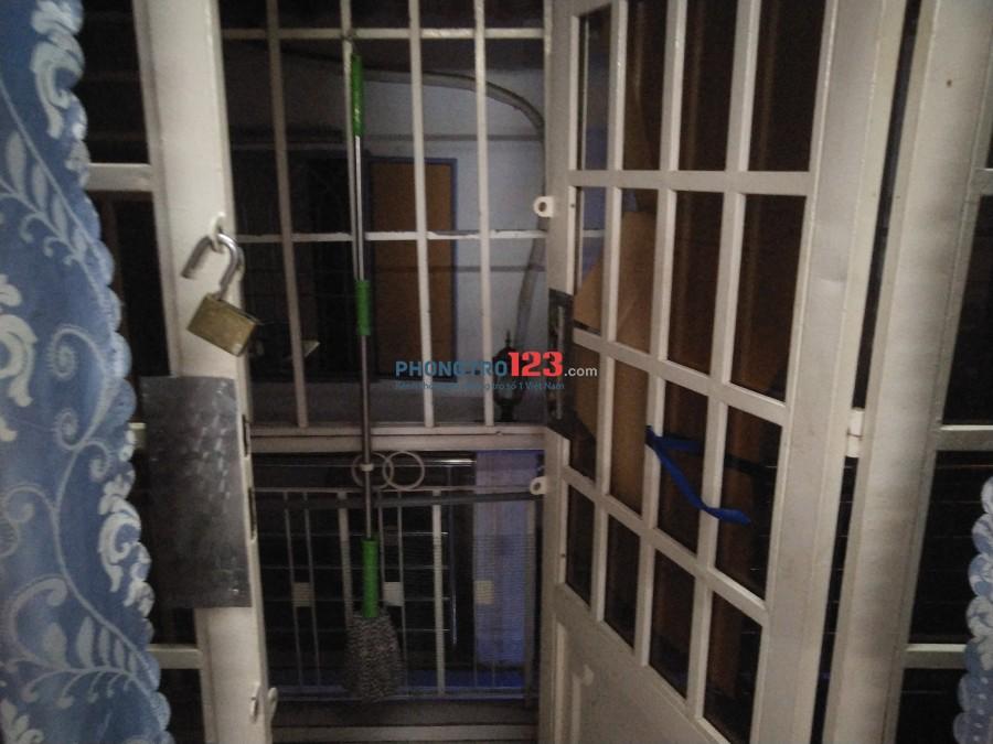 Phòng trọ 25m2 ngay ngã tư hàng xanh
