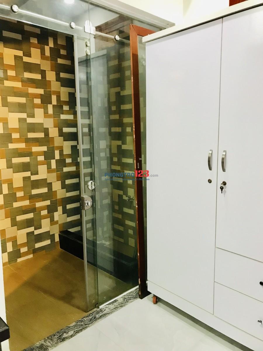 Phòng 30m tret có giếng trời 5,5tr tại 50 Tân Hải, P13 -TB
