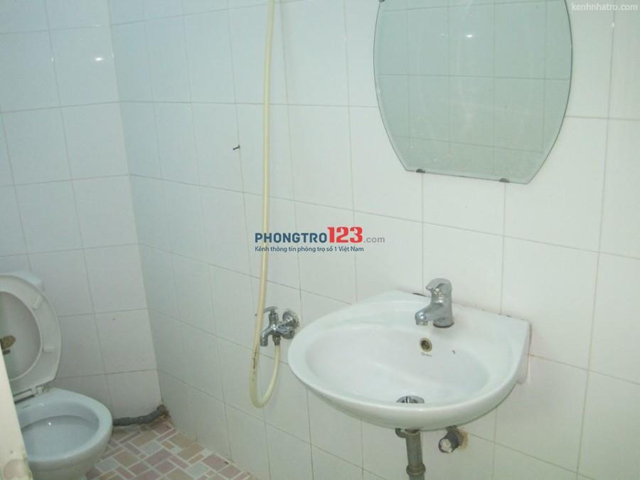 Phòng cho 1-2 nữ thuê, giá 2.5 triệu/tháng, rộng 16m2