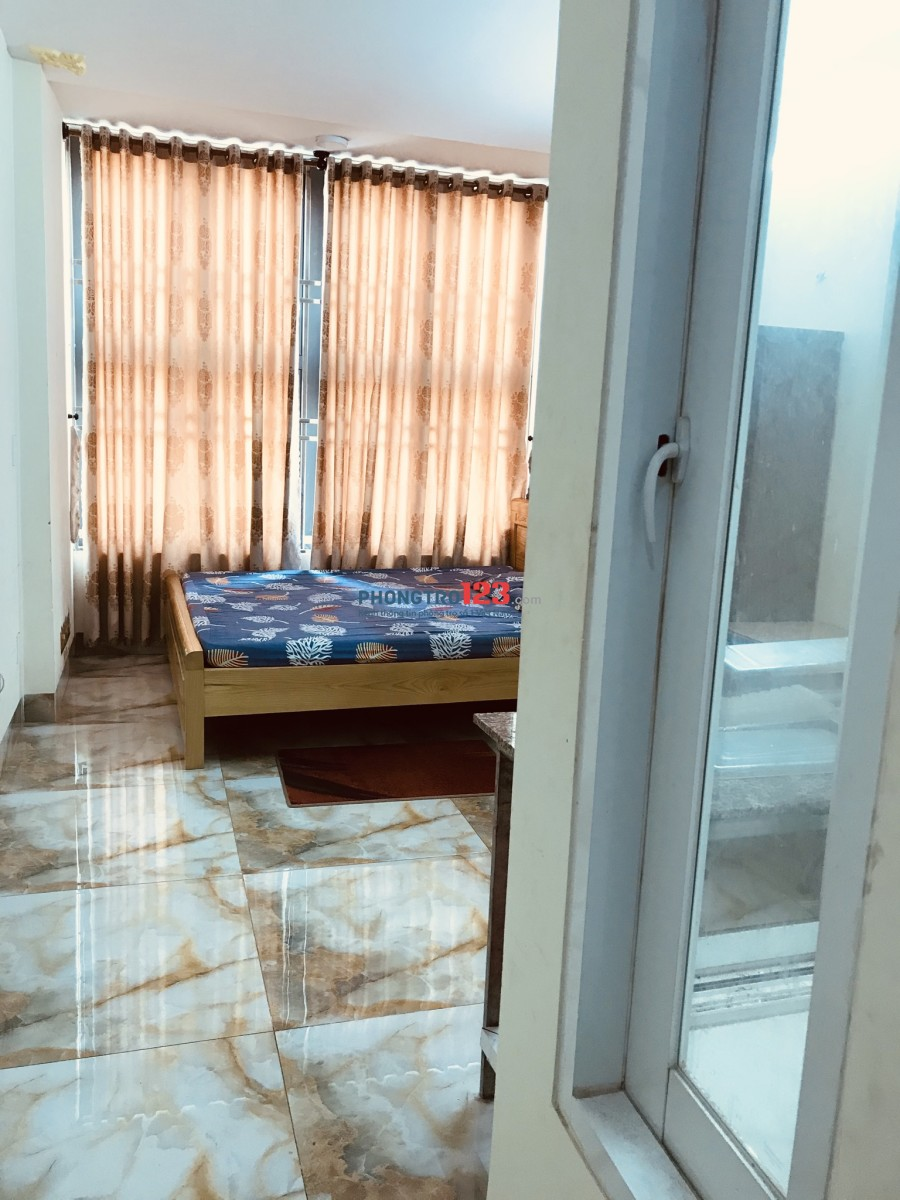 Phòng 4,6tr dt 20m có cửa sổ và giếng trời thoáng mát an ninh