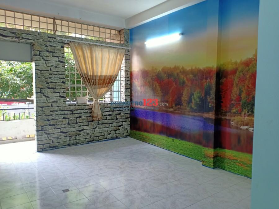 Chính chủ cho thuê phòng mới xây dựng, thoáng mát sạch sẽ khu vực an ninh , khóa vân tay mặt tiền đường