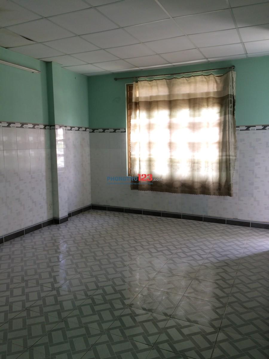 Cho 09 phòng wc khép kín, phòng nào cũng có ban công, kệ bếp, bếp nấu ăn riêng.