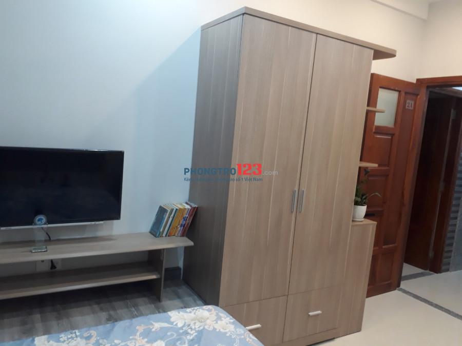 Cho thuê căn hộ dịch vụ, full nội thất, mới XD, hẻm 650 Điện Biên Phủ gần ngã ba Nguyễn Thiện Thuật