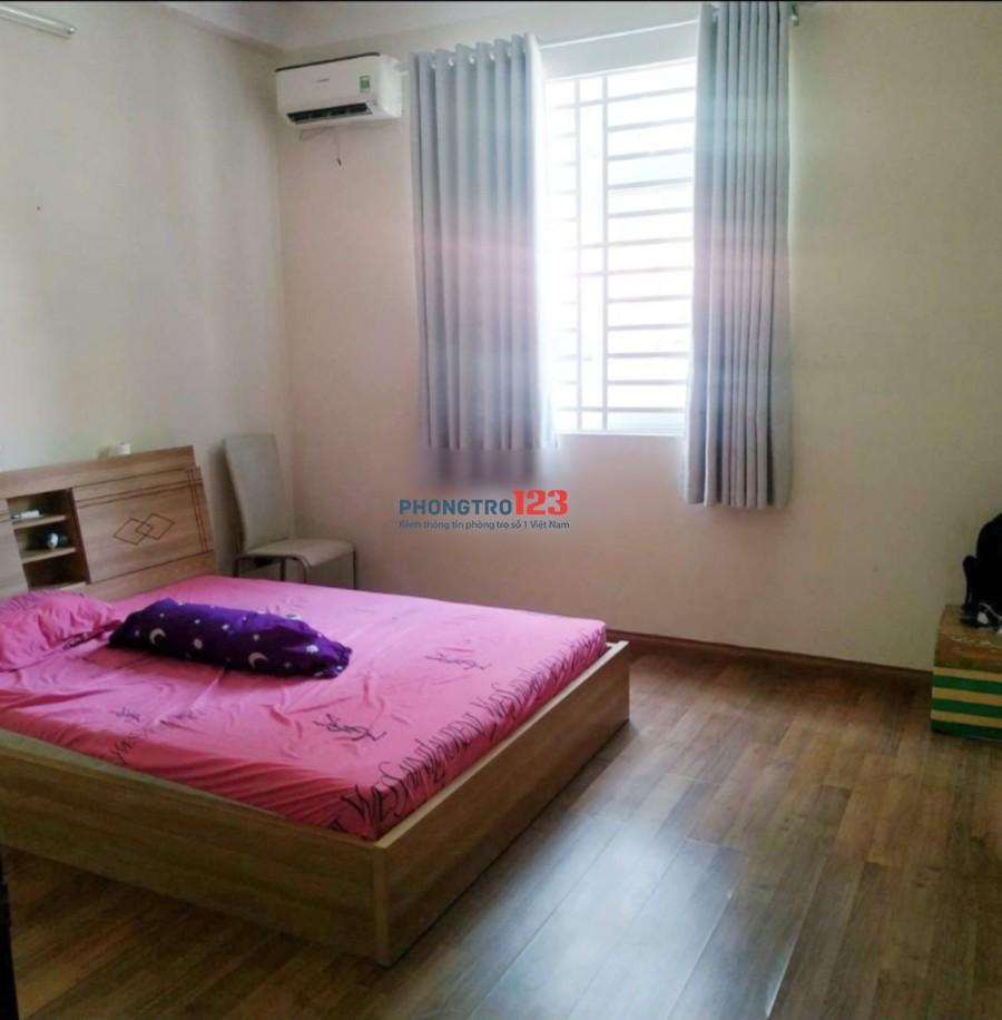 Cho thuê nhà 3 lầu Hoàng Minh Giám, Phú Nhuận, nhà đẹp tiện KD