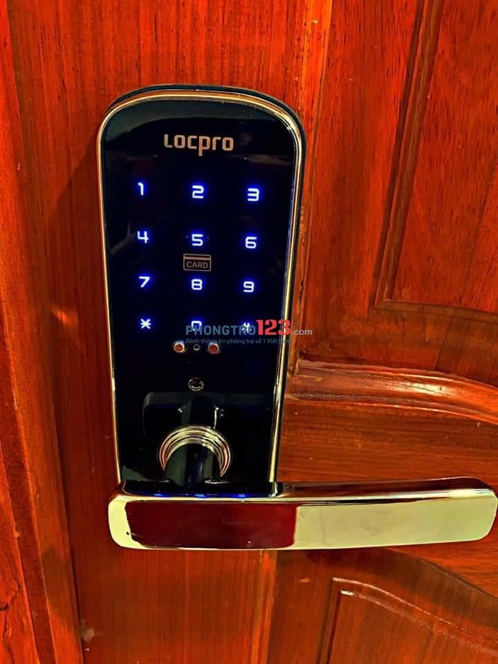 Căn hộ cao cấp ful nội thất P.14, Q.10, 40m2. Giá 7.5tr An ninh, có ban công thoáng mát. LH: 0909805647