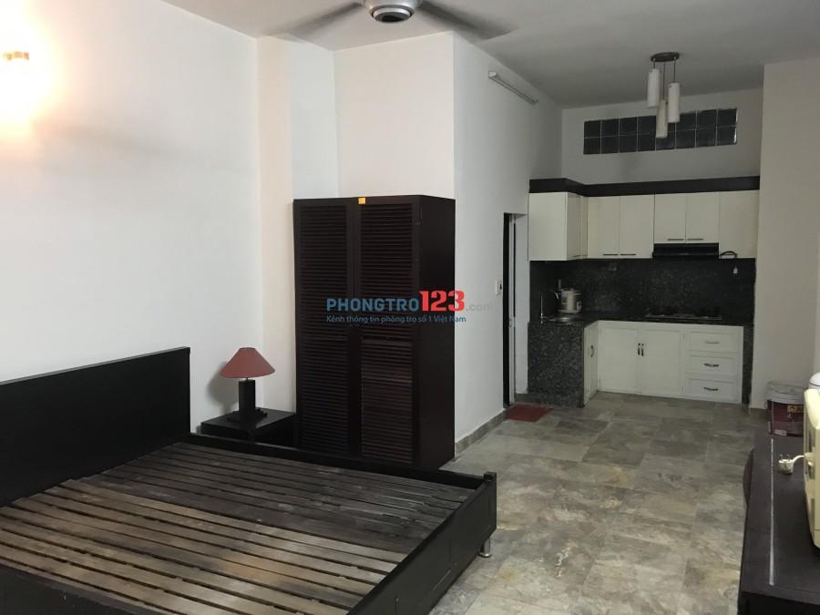 Cho thuê nhà đầy đủ nội thất 43m2 đầu hẻm 330 Phan Văn Trị, P.11, Q.Bình Thạnh. Giá 9tr/th