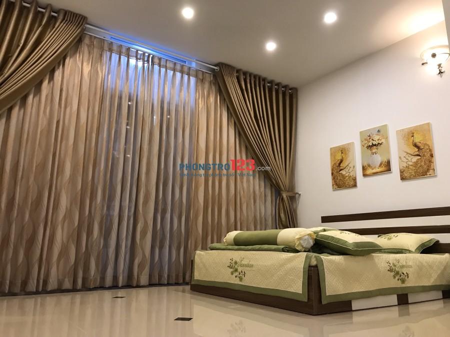 Cho thuê Phòng lớn 40m2 full nội thất, ngay cổng sân bay Tân Sơn Nhất