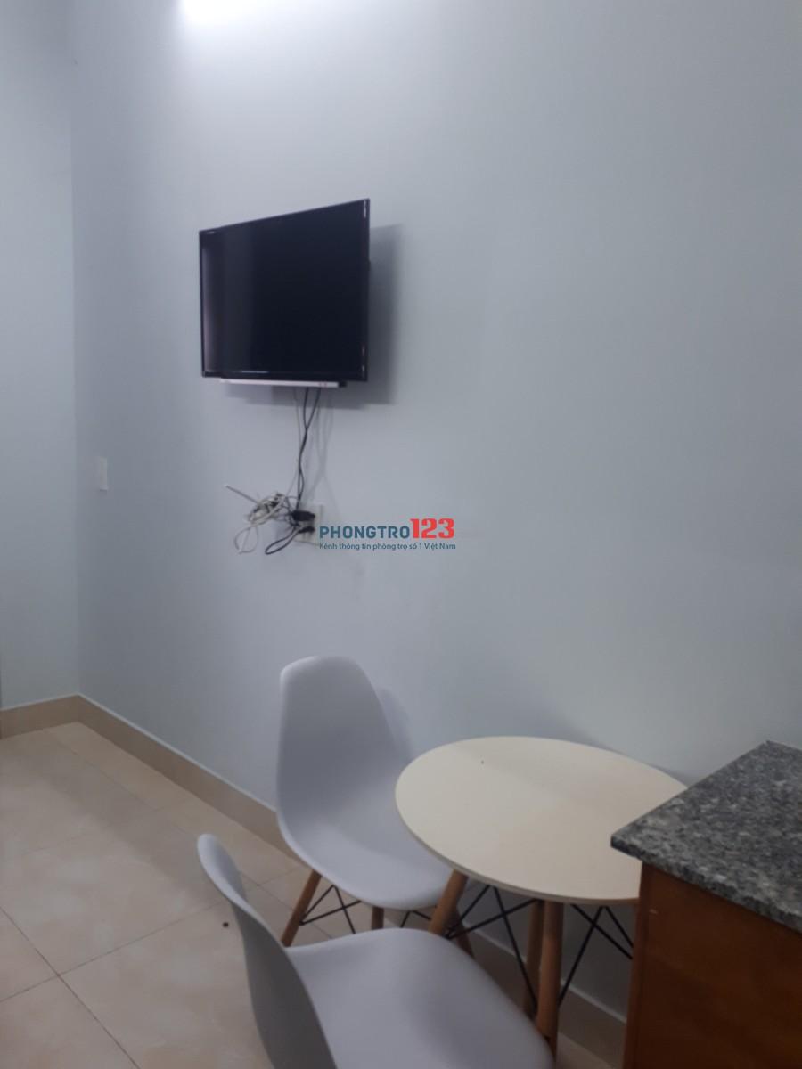 Cho thuê căn hộ mini full nội thất chỉ xách vali vào ở đường Nguyễn Hữu Cảnh đối diện Landmark 81