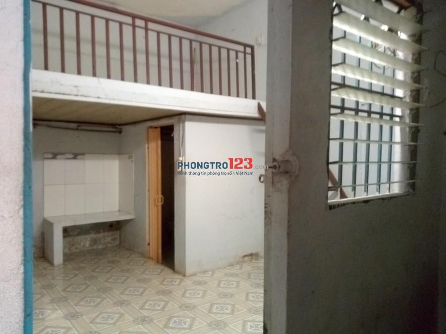 Phòng có gác đúc, ngay trung tâm quận Tân Bình - LH: 0789429836