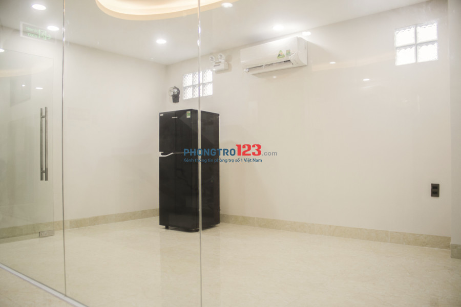Văn phòng sang trọng, 80m2- 10triệu, đã có máy lạnh, hầm xe, bảo vệ