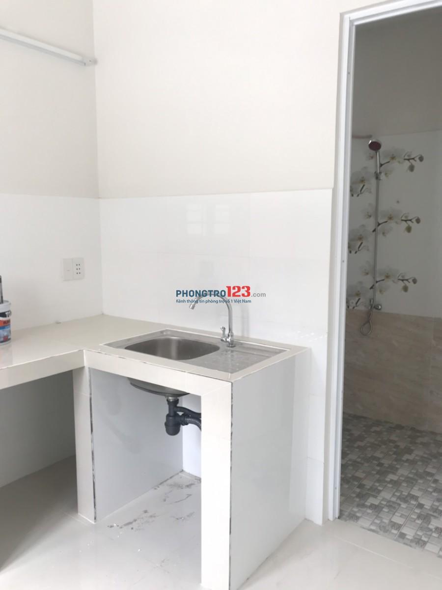 Cho thuê nhà mới xây mặt tiền 3 lầu 4x25 số 2537 Phạm Thế Hiển, P.7, Q.8. LH Cô Dung